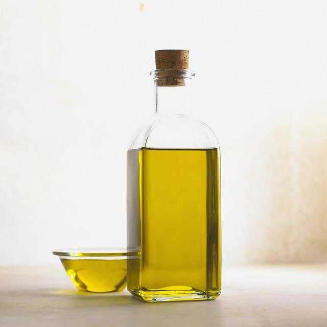 ¿Para qué sirve el aceite de oliva ecológico con limón en ayunas?